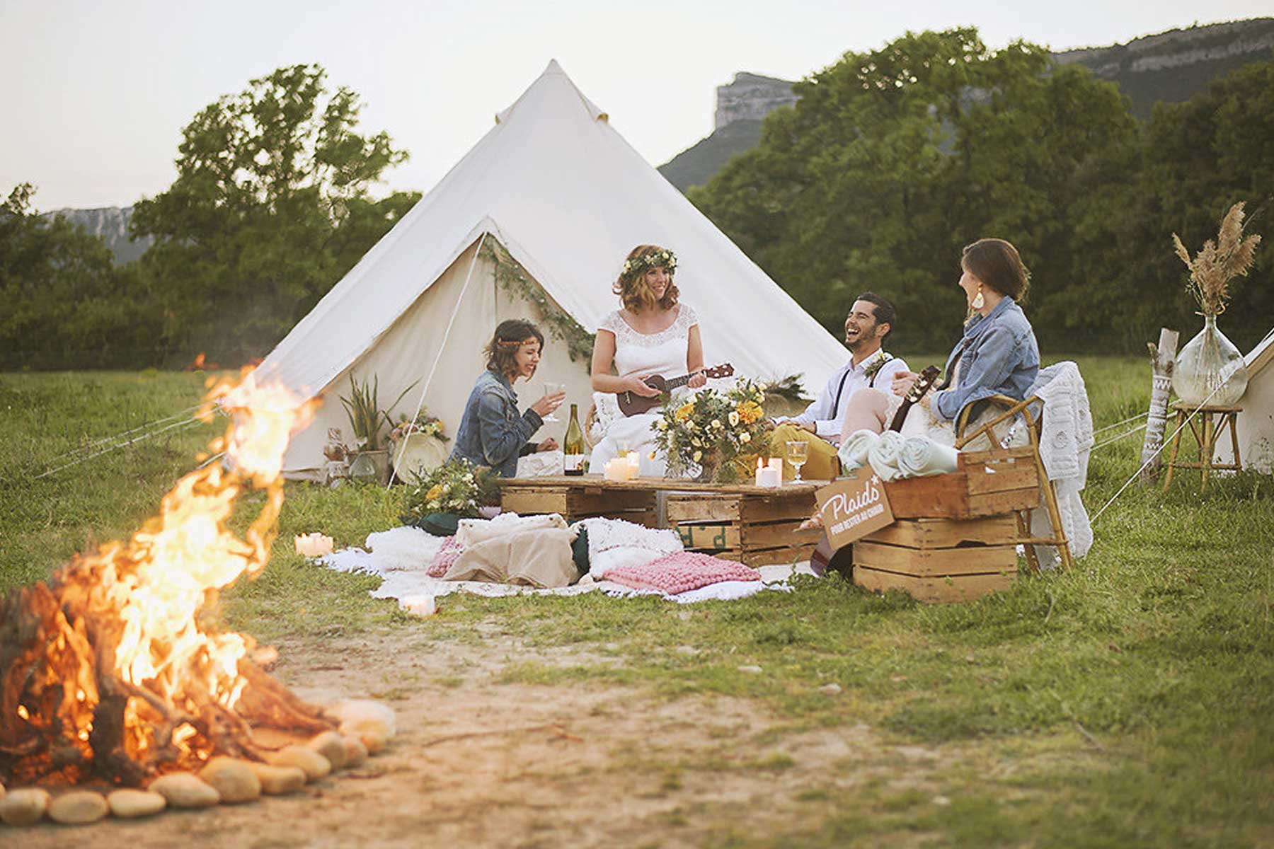 location tente mariage bucolique mon wedding camping. Black Bedroom Furniture Sets. Home Design Ideas